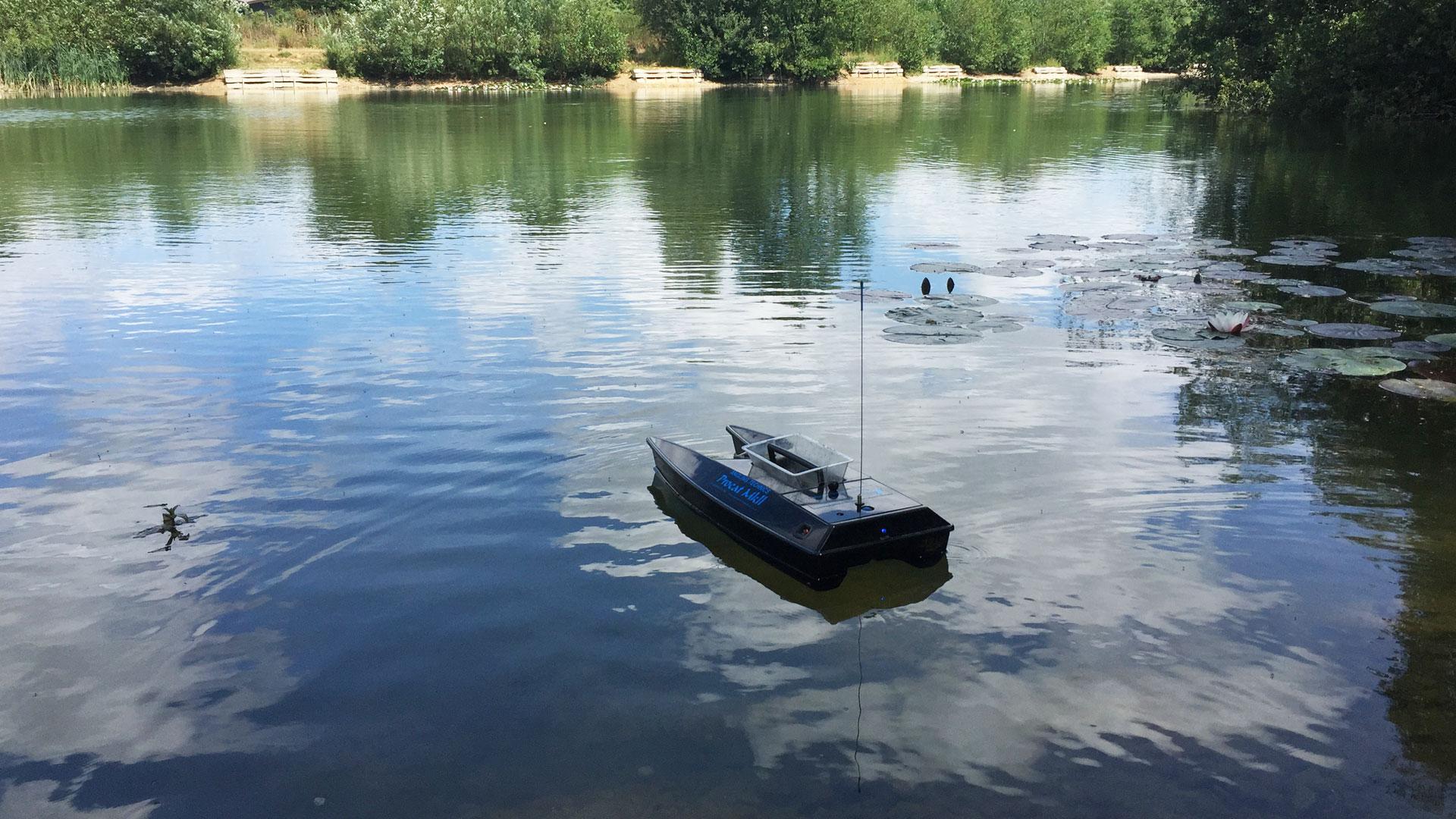 Carp Fishing England | Exclusive Carp Fishing Lake Fishing Holidays Marlow Uk